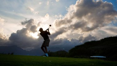 US President Barack Obama plays golf at the Kaneohe Klipper Marine Golf Course in Oahu, Hawaii in 2010.