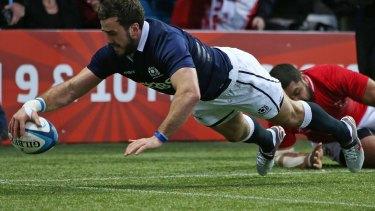 Alex Dunbar scores for Scotland.