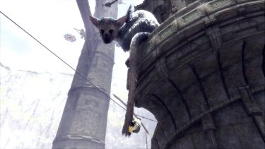 Trico's long, rodent-like tail comes in handy.