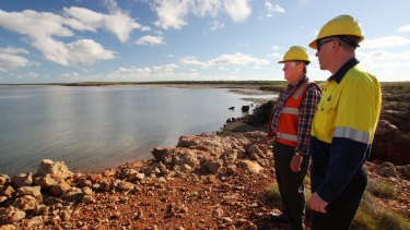 Premier Colin Barnett (left) and Chevron manager Colin Beckett at its LNG project on Barrow Island.