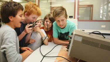 Academically gifted primary students attending a physics demonstration at the University of Wollongong.