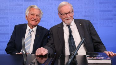 Former prime minister Bob Hawke launched the biography of former foreign minister Gareth Evans at the National Press Club on Wednesday.