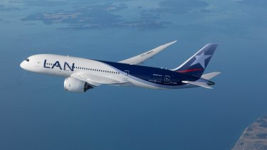 LAN Airlines has begun flying its new Boeing 787 Dreamliners between Sydney and Santiago via Auckland.