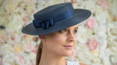 Laura Henshaw shows off the bronzed, natural look suggested for Stakes Day.