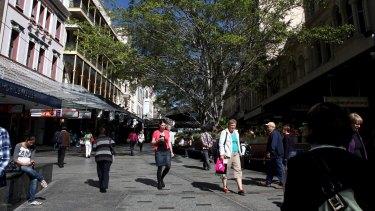 BRISBANE. NEWS. BRISBANE TIMES. Photograph taken by Michelle Smith on Wednesday 3rd August, 2011. Brisbane. Queen Street Mall. Mall. Shopping. Pedestrians.