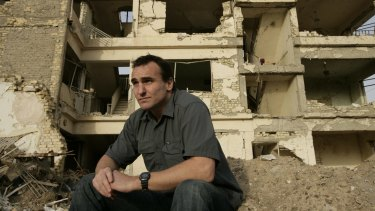 <i>Only the Dead</i> documents the experiences of Australian war correspondent Michael Ware in the Iraq War, which he covered for almost seven years.