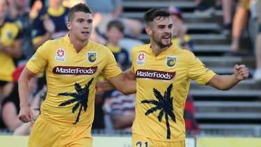Mitch Austin (left) has left the Mariners to join Melbourne Victory.