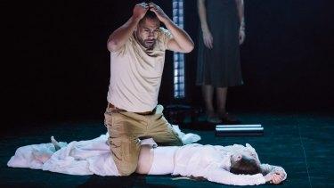 No honour here ... Ray Chong Nee (Othello) and Elizabeth Nabben (Desdemona).