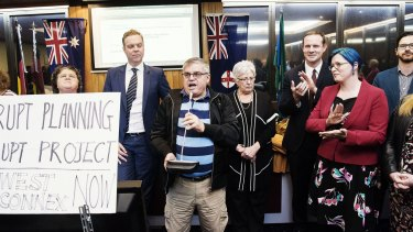 Former mayors and councillors addressed the crowd after the meeting was cancelled.
