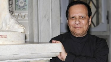 King Of Cling Azzedine Alaia Dies At 77