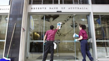 Economists from Macquarie Bank and Capital Economics anticipate interest rates will fall to 1.0 per cent in 2017.