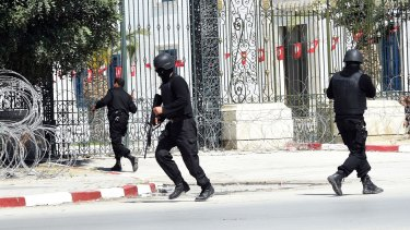 Tunisian security forces secure the area after gunmen attacked the Bardo Museum.