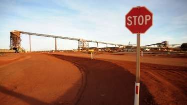 Fortescue has stuck rigidly to past guidance that output will level out at 165 million tonnes through 2016.