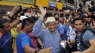 """Former Malaysian PM Mahathir Mohamad joined anti-government protesters at a rally organised by pro-democracy group """"Bersih"""" (Clean) in Kuala Lumpur in August."""