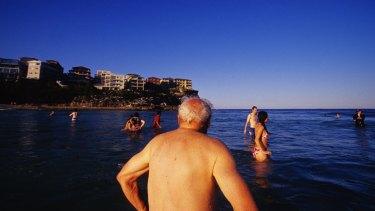 An elderly man swims at Queenscliff on Sydney's northern beaches.