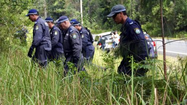 Police scour bushland near Bonny Hills for evidence relating to the disappearance of William Tyrrell.