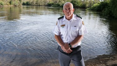 Peter Wright's team of volunteers has pulled the bodies of nearly 50 people out of the Murray River near Albury.