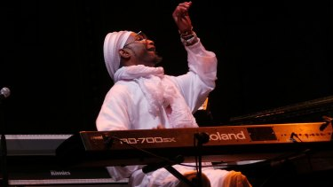 Pianist Omar Sosa offers an idiosyncratic take on Cuban music.
