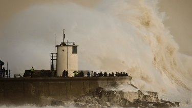 Sea-level rise due to climate change is accelerating, Australian researchers say.