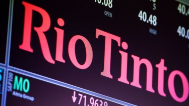 Mining giant Rio Tinto and two of its former top executives have been accused of fraud by the US Securities and Exchange Commission.