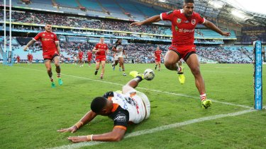 Another lost opportunity: Moses Suli of the Tigers misses a chance to score.