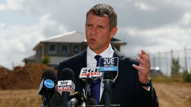 Promises of lower electricity bills under privatisation: Premier Mike Baird.