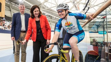 Queensland Minister for Transport Stirling Hinchliff, Premier Anna Palaszczuk and Olympic cyclist Anna Meares at the new velodrome in Chandler named in Meares' honour.