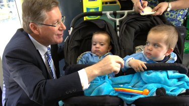 Premier Napthine encounters some suspicion during the 2014 state election campaign.