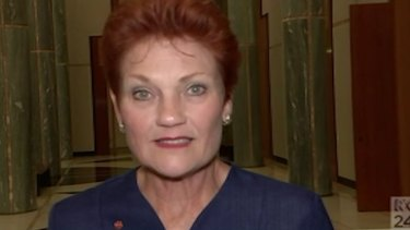 """One Nation leader Pauline Hanson issued a direct to camera warning to Rod Culleton to be """"team player""""."""