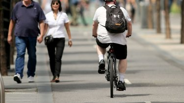 Research has found bike helmet laws, combined with bike lanes and other safety measures to separate cyclists from traffic, had saved lives and prevented injuries of about 900 Australians every year.