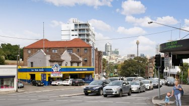 115 New South Head Road, Edgecliff, is being sold.