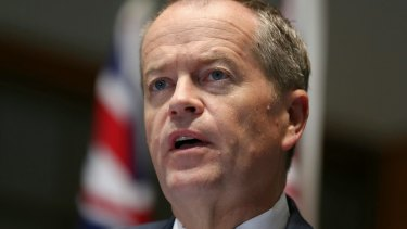 Opposition Leader Bill Shorten has called on Prime Minister Malcolm Turnbull to work together with him on an Australian republic.