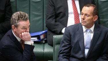 Tony Abbott met his Education Minister Christopher Pyne in Adelaide on Sunday evening and came away from the conversation feeling he had Pyne's support.
