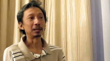 """In the Indonesian video """"Stories of IS deportees"""", Dwi Djoko Wiwoho says he was pressured to marry off his daughter upon arrival in Islamic State territory."""
