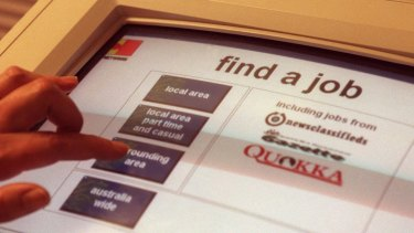 The government has announced a new package to help jobseekers aged under 25 find work.