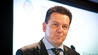 Nick Xenophon will move that the Senate economics committee investigate replacing the inflation target with one for nominal growth.