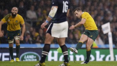 Bernard Foley kicks the match winning penalty.