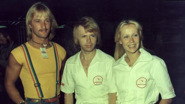 Bjorn Ulvaeus and Agnetha Faltskog, then a married couple, with their trainer/bodyguard Richard Norton.