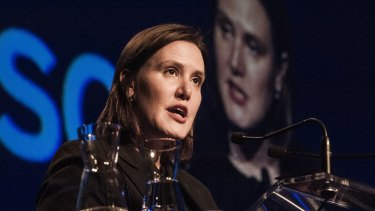 Minister for Revenue and Financial Services Kelly O'Dwyer is pushing ahead with a reform package that leaves life insurance commissions in place.