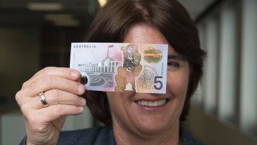 Reserve Bank assistant governor Michele Bullock with the new note.