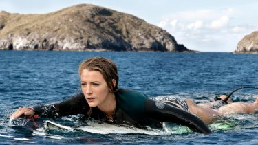 Blake Lively in <i>The Shallows</i>.