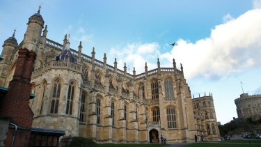 St George's Chapel, within the walls of of Windsor Castle, holds 800 people compared to Westminster Abbey's 2000.