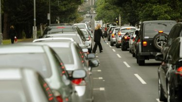 There has been a renewed push for an overhaul of car parking requirements in Melbourne.