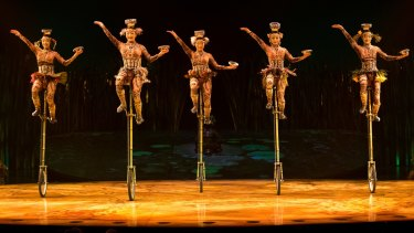 Seats: Unicyclists in Cirque du Soleil's <i>Totem</i>.