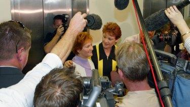 Pauline Hanson announces her 2004 Senate run alongside sister Judy Smith.