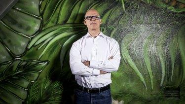 The Digital Transformation Agency's ex-chief, Paul Shetler, has slammed Centrelink's failures.