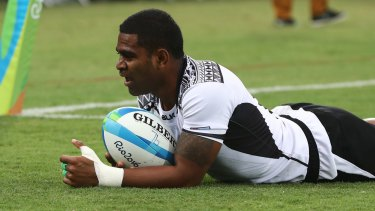 Fijian star: Vatemo Ravouvou scores a try during the Olympic Games.