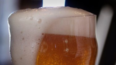 The 1am lockout has been scrapped, after the government reviewed a report into the first six months of new liquor laws.