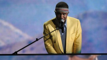 Frank Ocean's 17-track album <i>Blonde</i> is a compelling and stimulating experience.