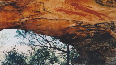 Kimberley cave-art is being fire-damaged.